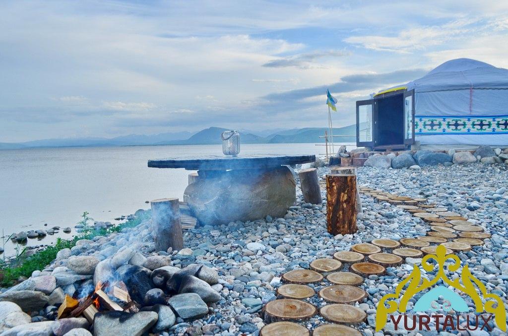 business-yurt-02