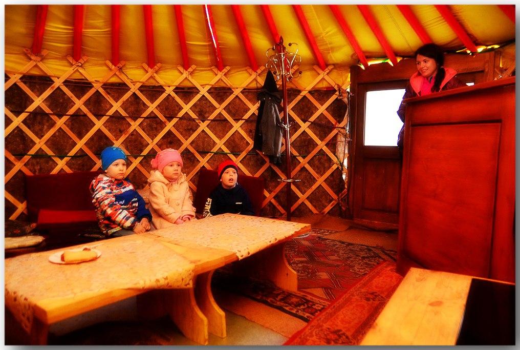 business-yurt-08
