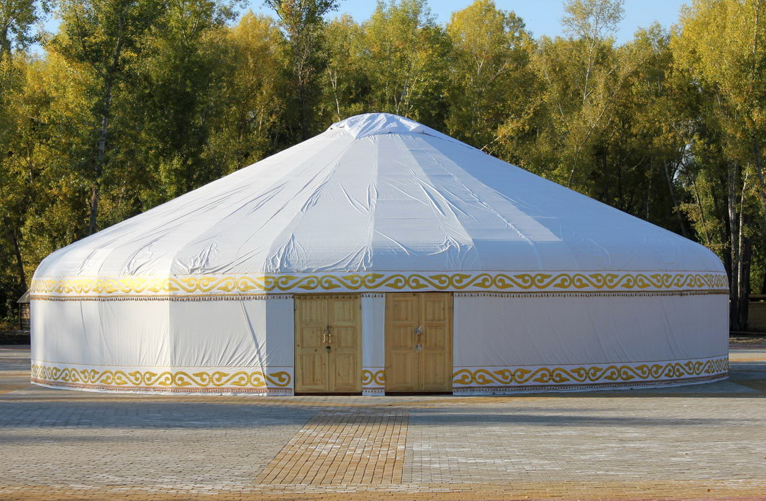 cafe-yurt-01