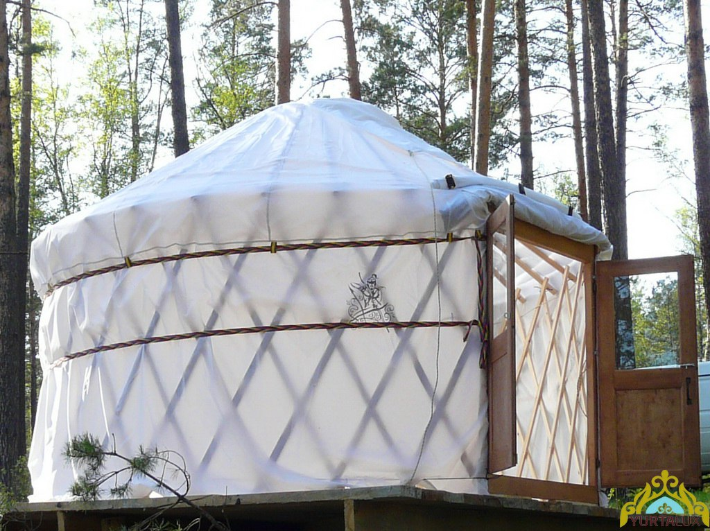 camping-yurt-01
