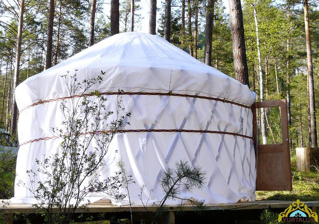 camping-yurt-04