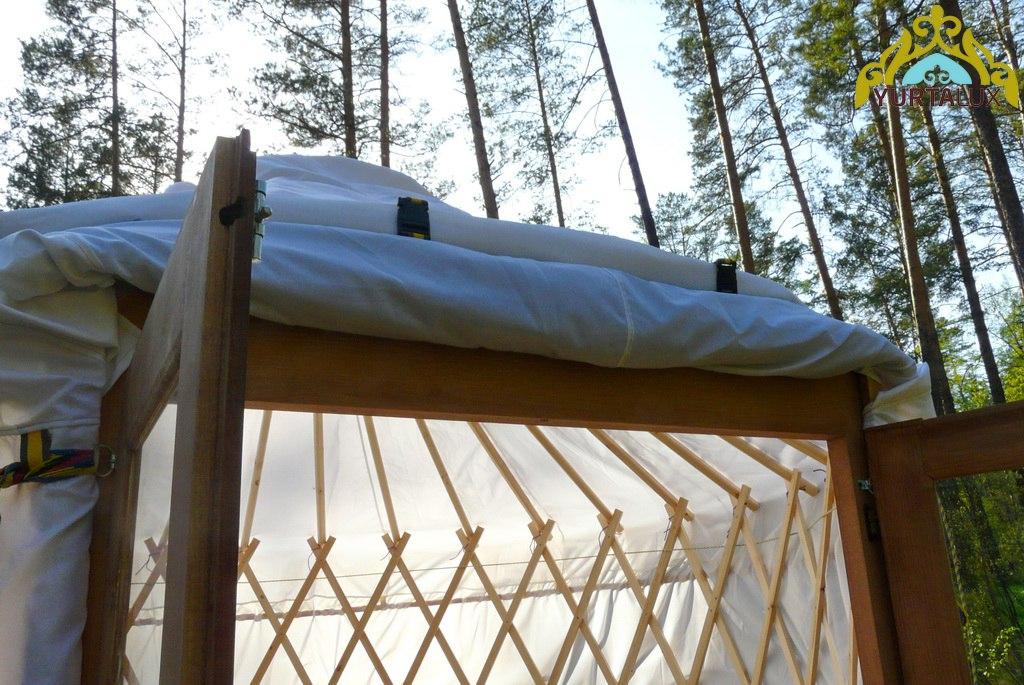 camping-yurt-07
