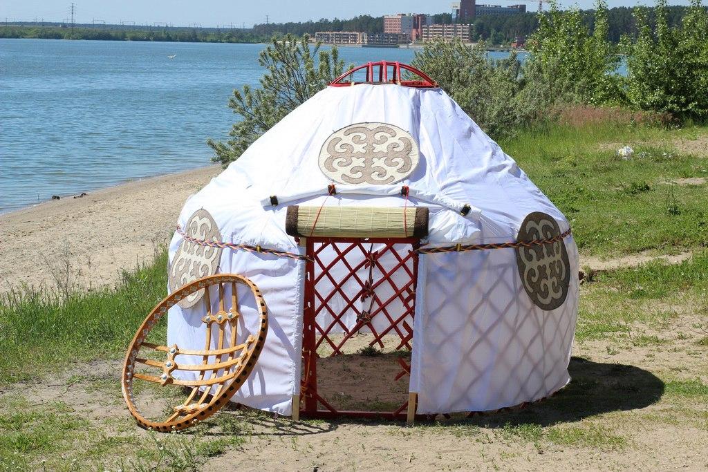 khan-yurt-04